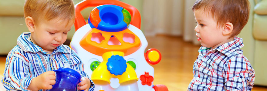 Jeux d'éveil pour des enfants de moins de 2 ans